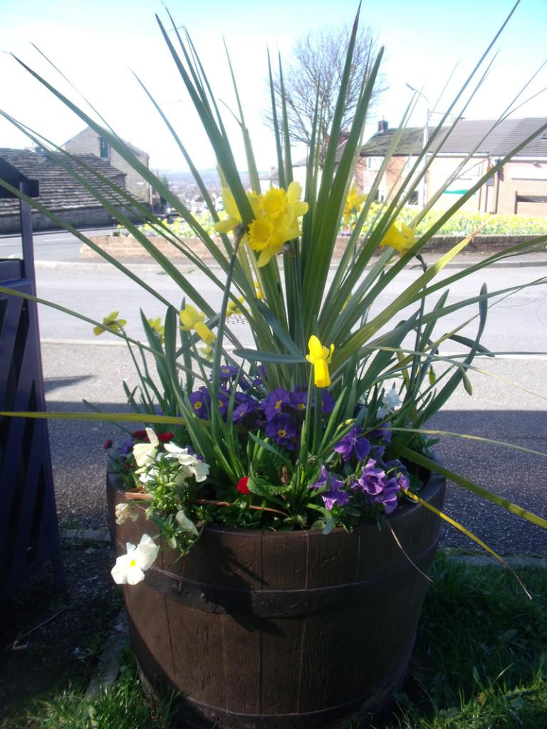 15 flower tub