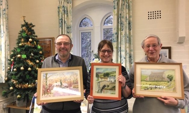 Art group's Christmas winner